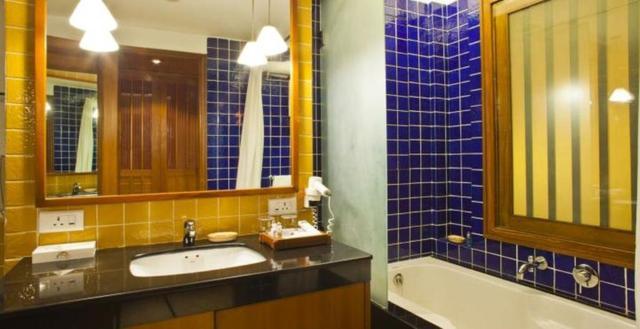 Classic_Room_Washroom_3_room