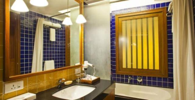 Classic_Room_Washroom