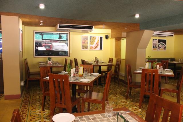 Tinge_Restaurant_AC_Section_3