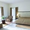 Room2_BW