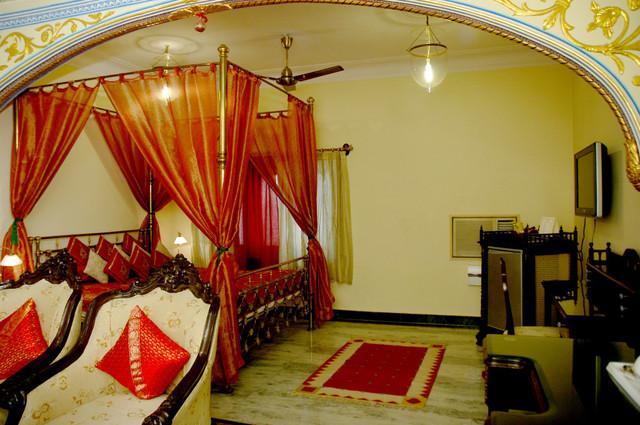 07.-Sheesh-Mahal-1024x680