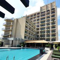 Hotel_Landmark_Tower485_(1)