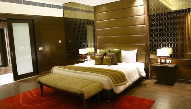 The Landmark Hotel Kanpur Room Rates Reviews Amp Deals