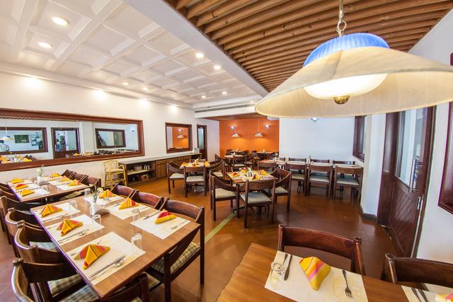 abad_metro_restaurant_(1_of_1)