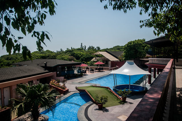 Pool_View_4