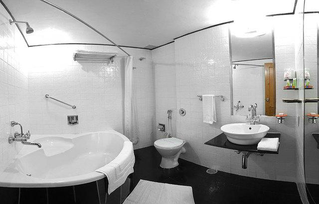 Bathroom_Super_Deluxe