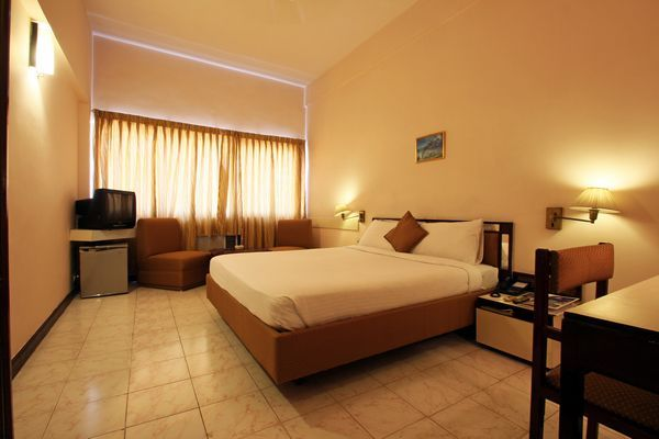 Hotel Poonja International, Mangalore  Room rates, Reviews & DEALS