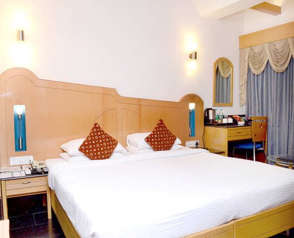 Ramee Guestline Hotel Khar Mumbai Room Rates Reviews