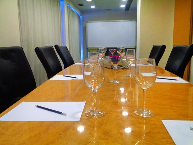 Meeting_Room