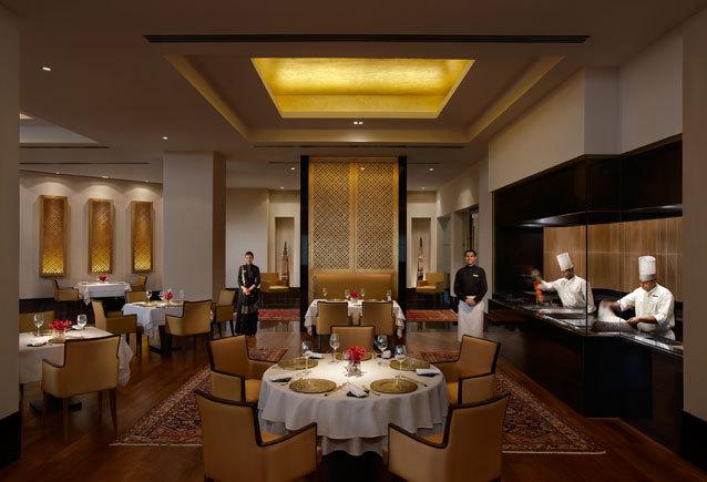 ziya_Inidan_Restaurant