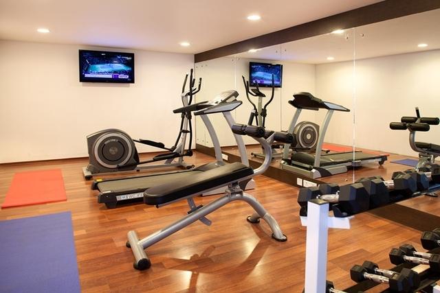Gym01__Munnar_-_Terrace_Green_-_201414
