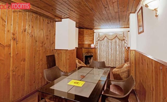 adb-rooms-emerald-heights-mussoorie-suite-dining-room-97866758944-jpeg-fs
