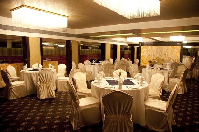 Hotel Hardeo Nagpur Room Rates