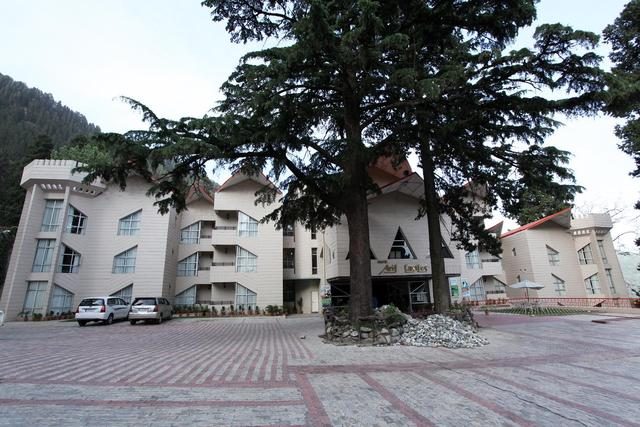 Hotel_Building_Outside_View_2