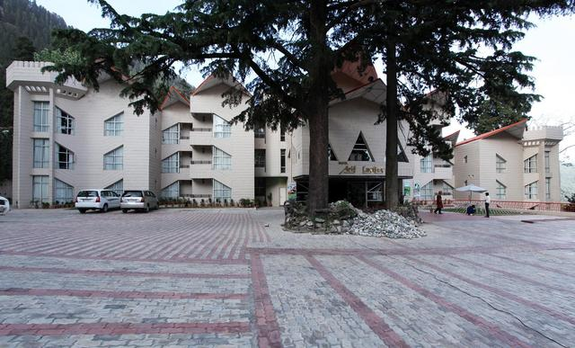 Hotel_Building_Outside_View