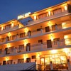 Hotel_Front_Building