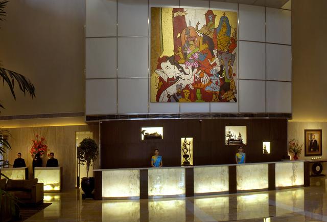 Reception__Concierge___Guest_Relations