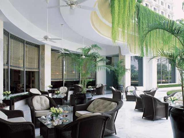 Verandah---Tea-Lounge