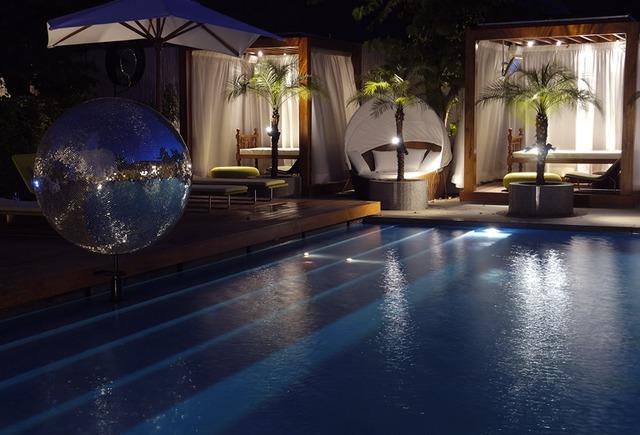 The_Park_New_Delhi_Pool_Side_Aqua_BAR