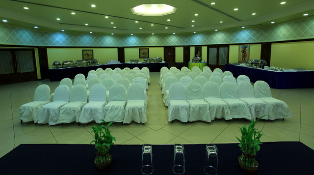 Confrence_Room__1_