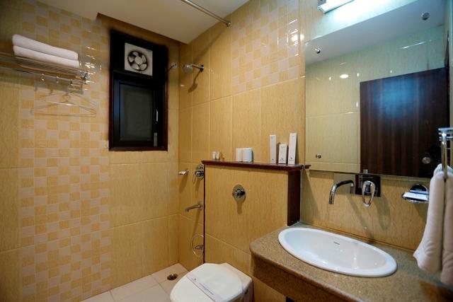 RTS_Bath_Room