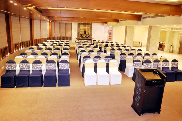 Banquet_Hall_(3)