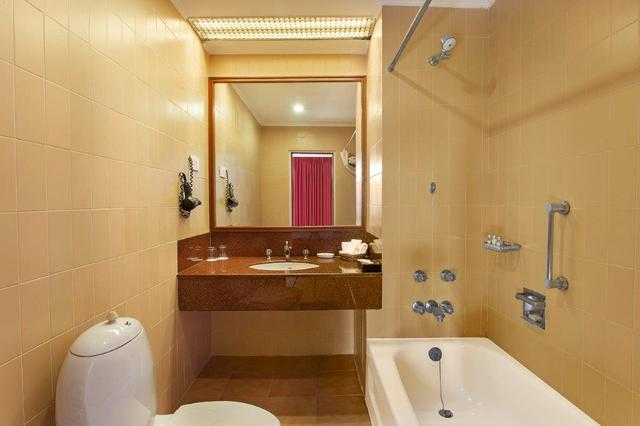 Premier_room_washroom