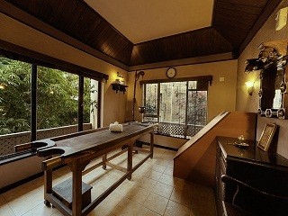 Spa-Therapy-Room2