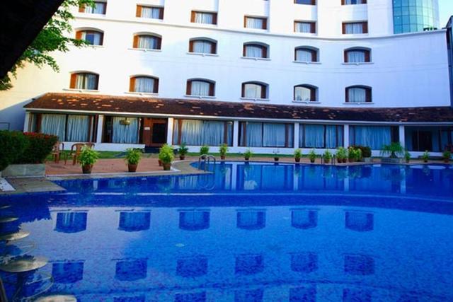 Hotels Near Trivandrum Airport India