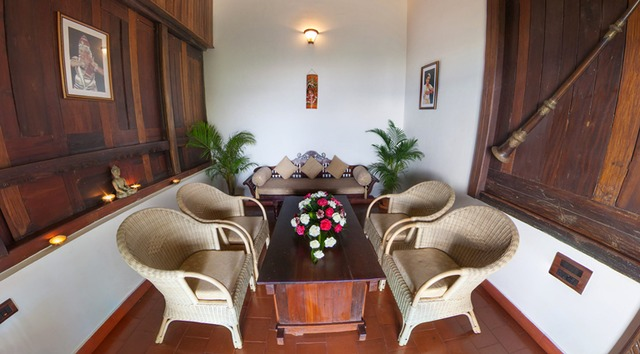 Kerala_House_Suite_Living_room_