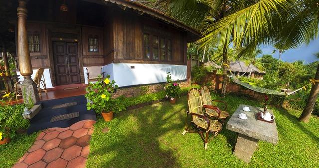 Kerala_House_Suite_room_