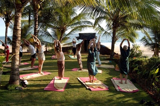 yoga_Grp
