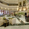 Lobby_with_reception_and_coffee_shop
