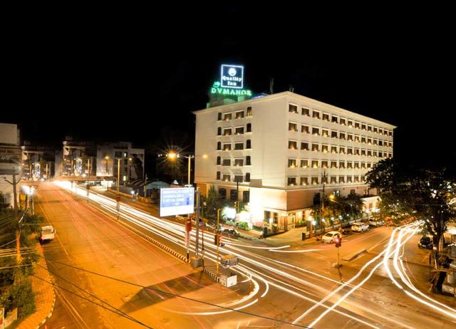 Quality_Hotel_D_V_Manor