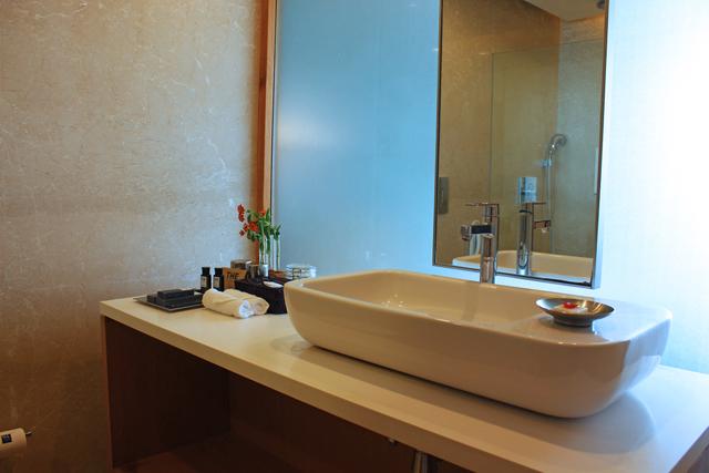 Luxery_Premium_king_bathroom_1