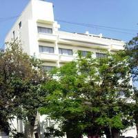 hotel-goutham-manor