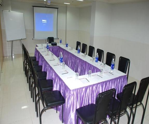 Meeting_w.JPG