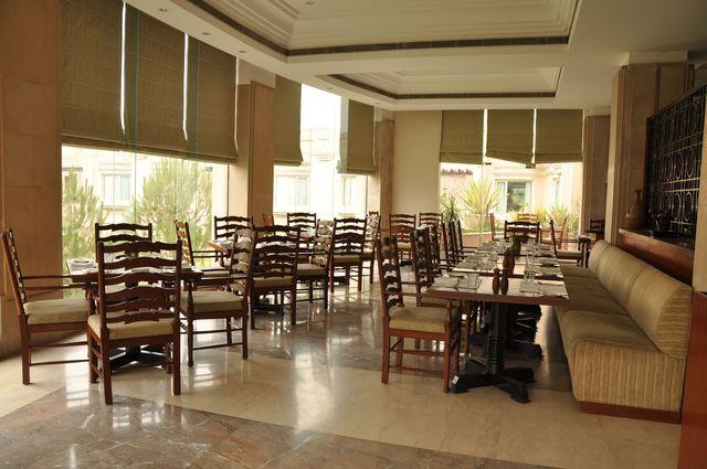 10_Restaurant