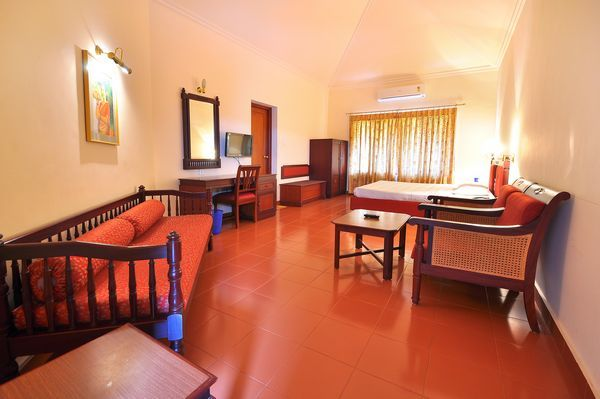 Silver Crest Thekkady Room Rates Reviews Amp Deals