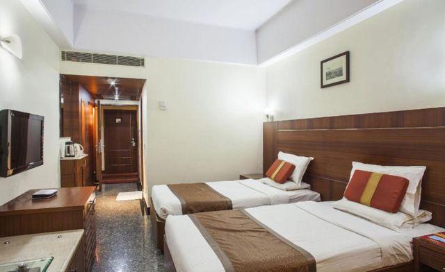 Hotel Daspalla Visakhapatnam Room Rates Reviews Amp Deals