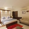INN_EXECUTIVE_ROOM_4U0A8605a
