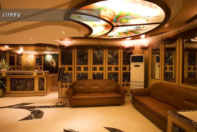 lobby-bak