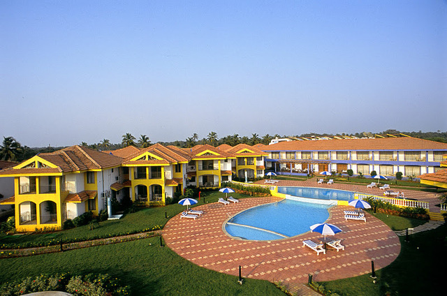baywatch-resort-goa-pool-view