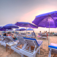 Beach_Sun_Loungers_with_Parasols