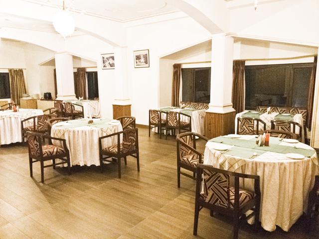 Restaurant1HR