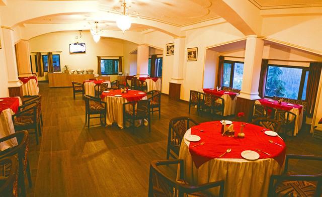 Restaurant_LR