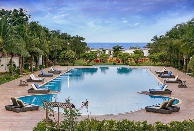 Chariot beach resort mahabalipuram room rates reviews - Beach resort in chennai with swimming pool ...