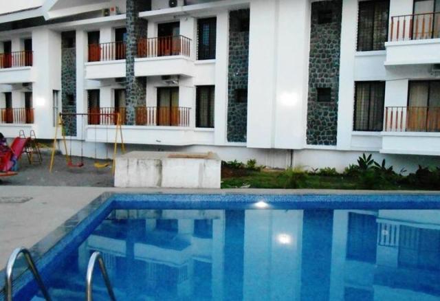 indus-valley-resort-lonavala-pool-45246572073fs