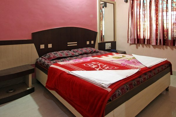 Double_Bed_AC