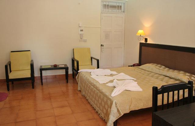 Alor Grande Holiday Resort, Goa. Room rates, Reviews & DEALS